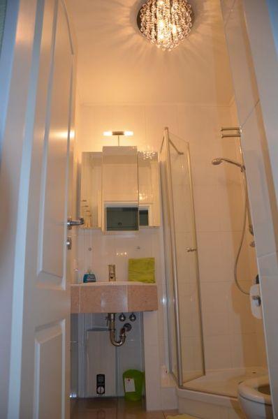 badezimmer nordseebrise amrum. Black Bedroom Furniture Sets. Home Design Ideas
